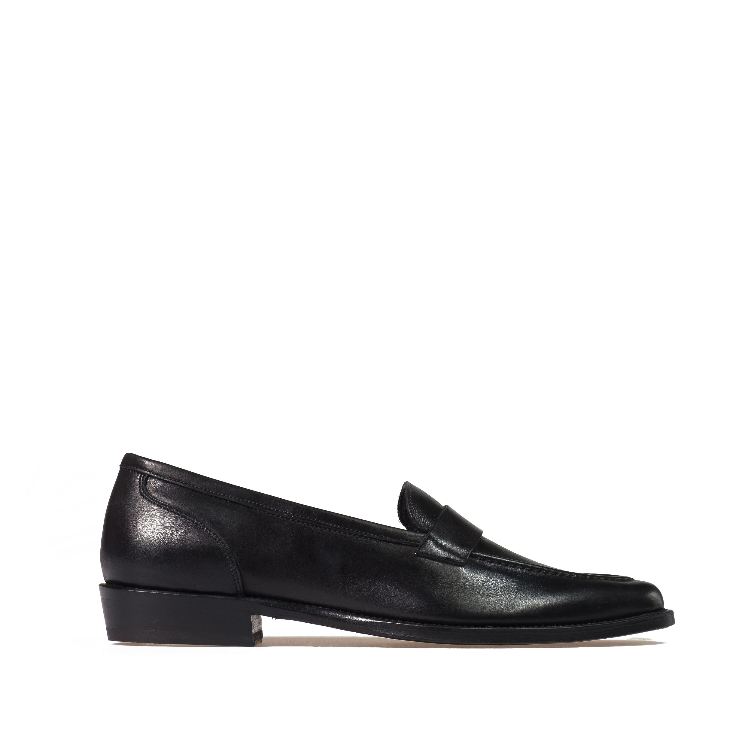 loafer in genuine leather pointed toe