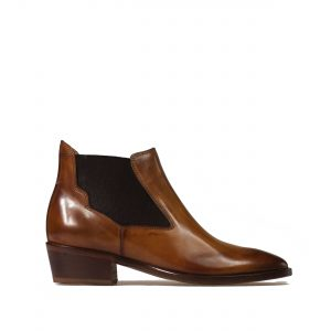 chelsea boot with heel made in italy