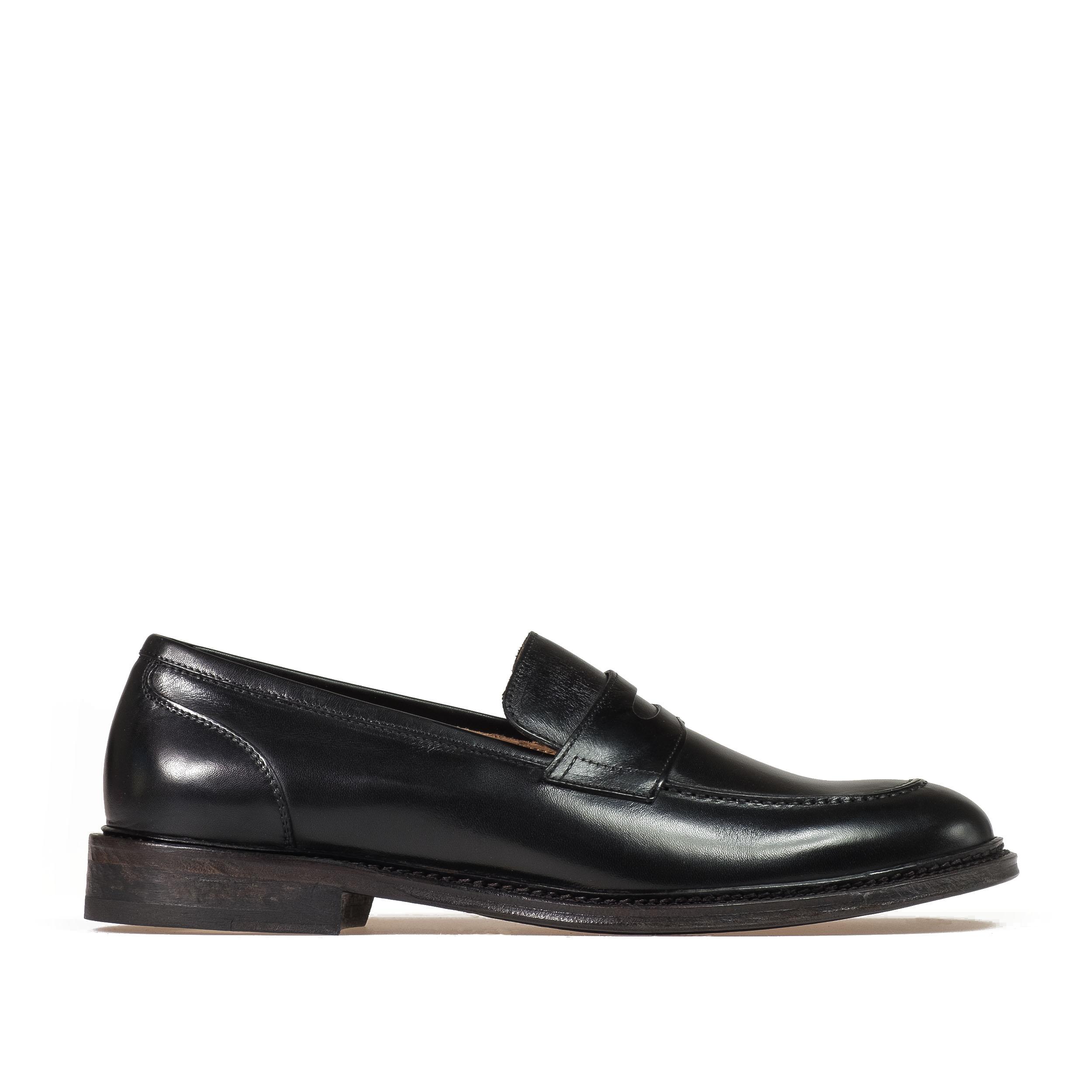 9500 black penny loafer